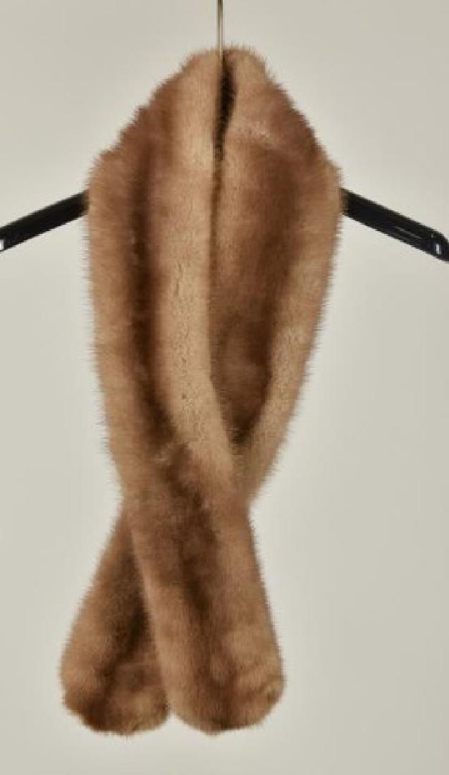 Adjustable Mink Stole & Mink Collar - 4