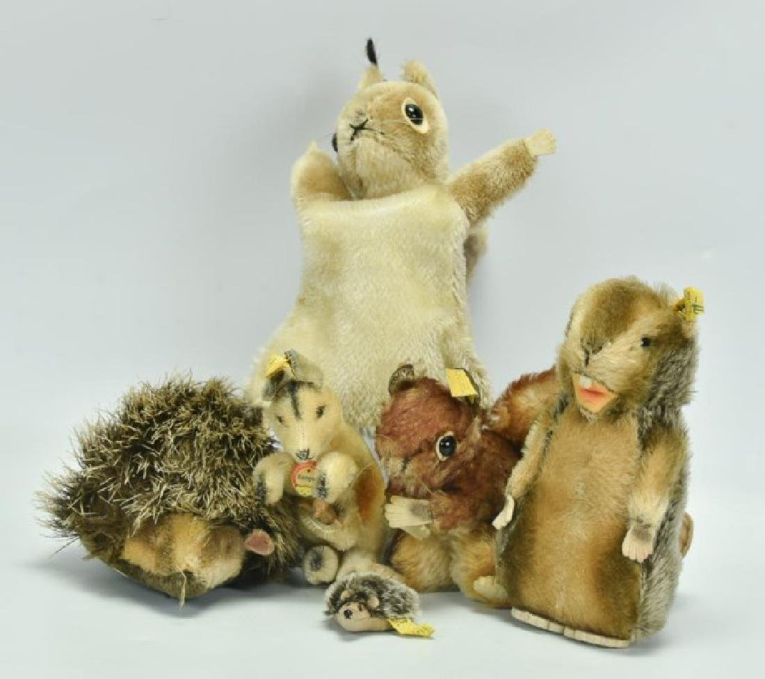 Grouping of 6 Steiff Animal Toys