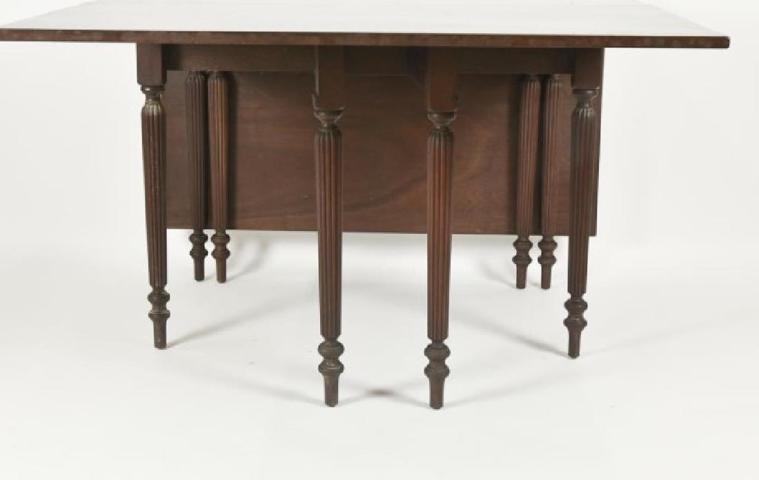 Virginia Craftsmen Sheraton Style Dining Table - 2