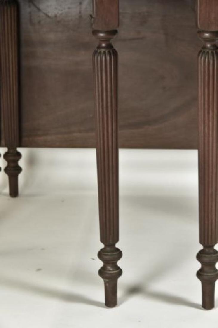 Virginia Craftsmen Sheraton Style Dining Table - 3