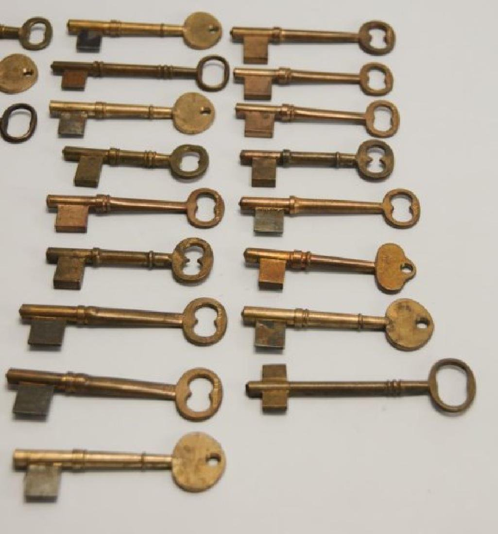 34 Antique Brass Skeleton Key Blanks - 2