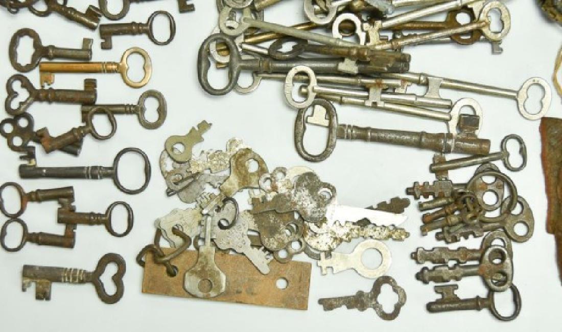 Lot of Over 160 Keys