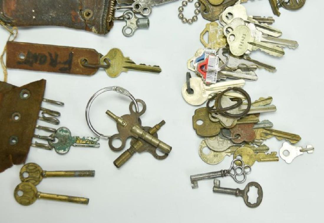 Lot of Over 160 Keys - 4