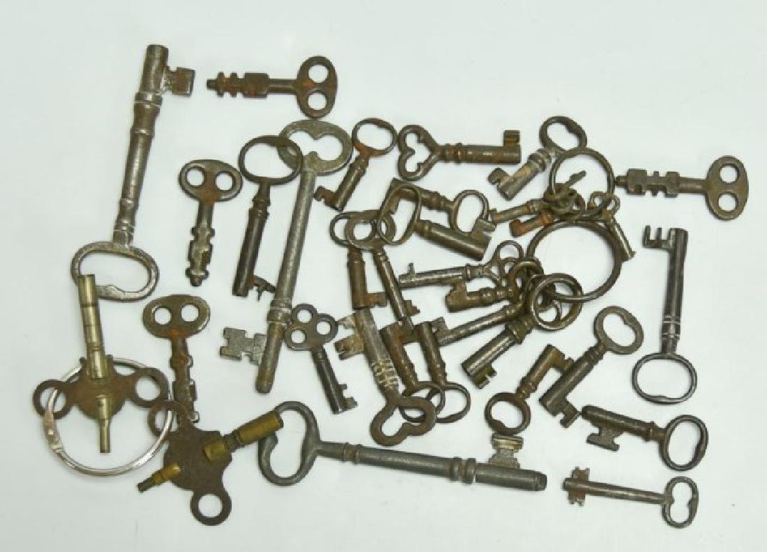 Lot of Over 160 Keys - 5
