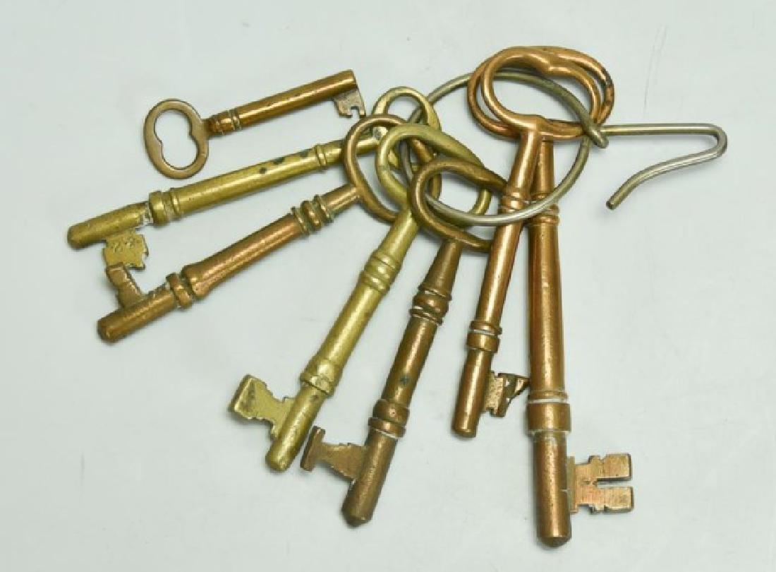 Lot of Over 160 Keys - 6