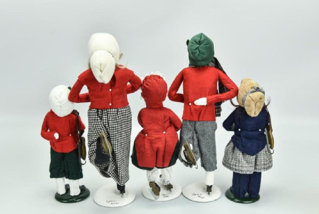 10 Byers Choice Christmas Figures - 4