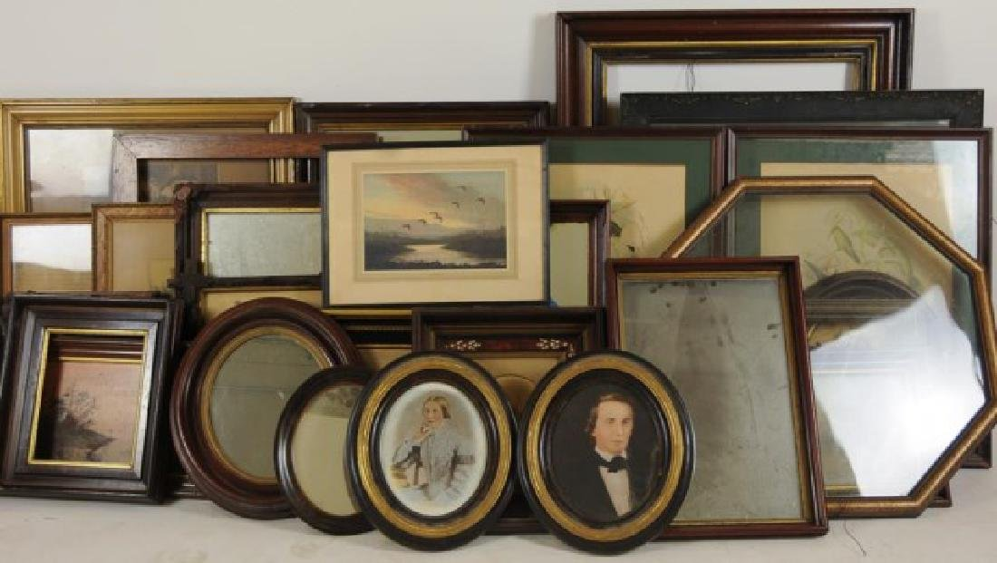 Lot of 34 Frames, Late 19th / Early 20th Century
