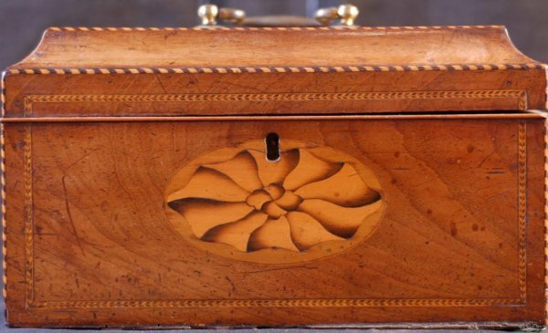 16: 19th C. Heavily Inlaid Tea Caddy 19th C. tea caddy