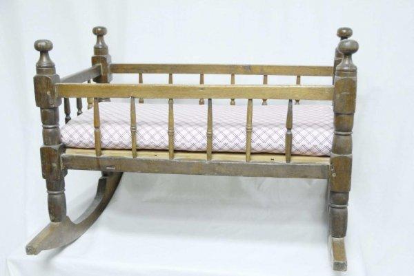 19: 19th Century Cradle 19th Century cradle; turned pos