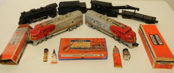 8: Lot of Lionel Engines, Cars, & Related Two Lionel Sa