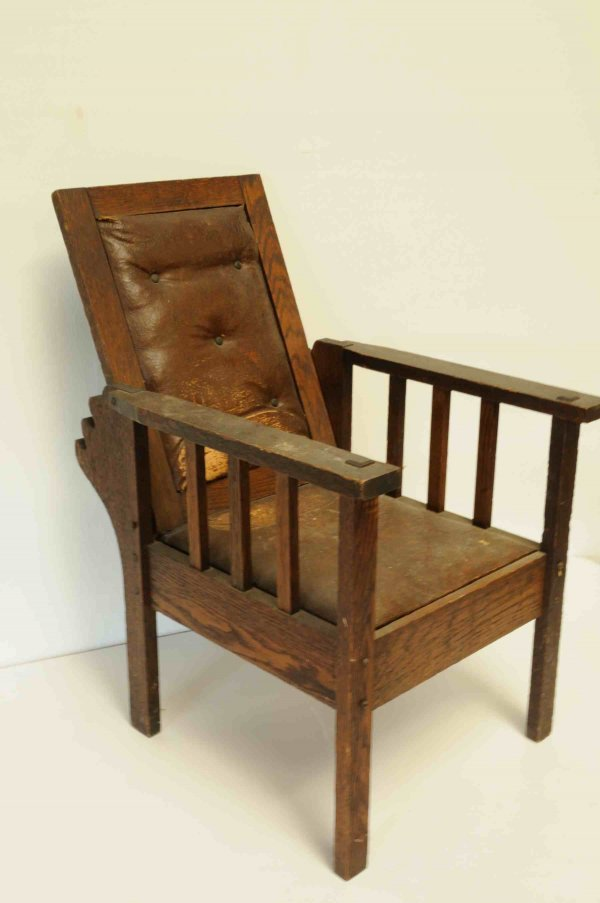 10: Arts&Crafts/Mission Oak Child's Morris Chair Early