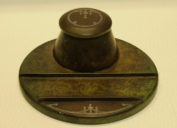 11: Heintz Arts & Crafts Inkwell with Pen Tray Worked i