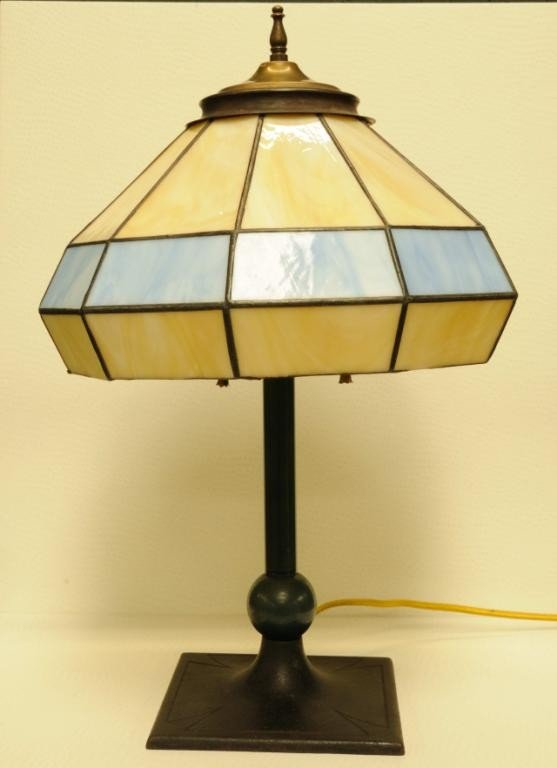 15: Arts & Crafts Lamp w/ Leaded Glass Shade A Maltese