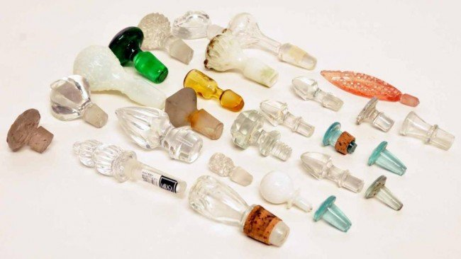 6: Collection of Glass Decanter & Cruet Stoppers