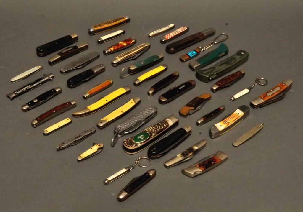 14: Collection of 42 Pocket Knives