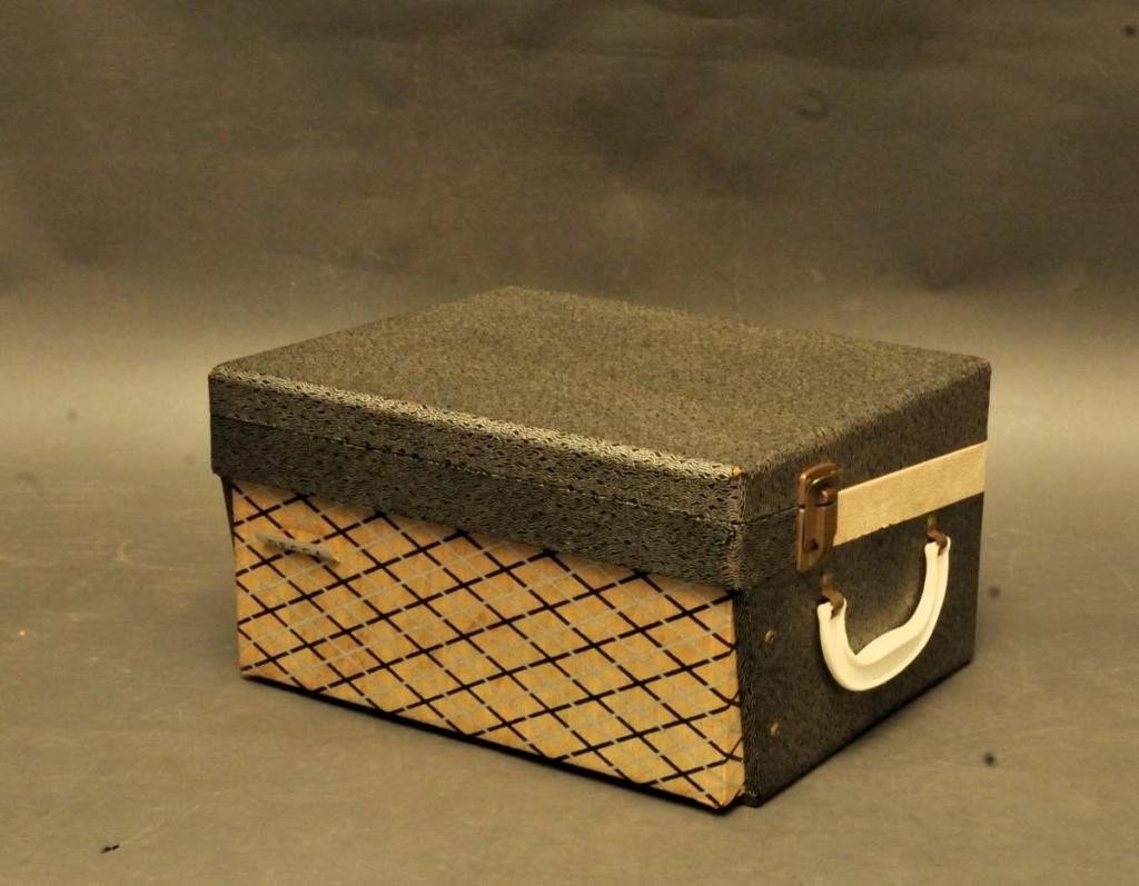 126: Decca Model DPS-13 Portable Turntable - 2
