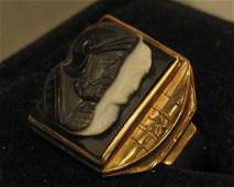 142 10K Yellow Gold Gentlemans Double Cameo Ring