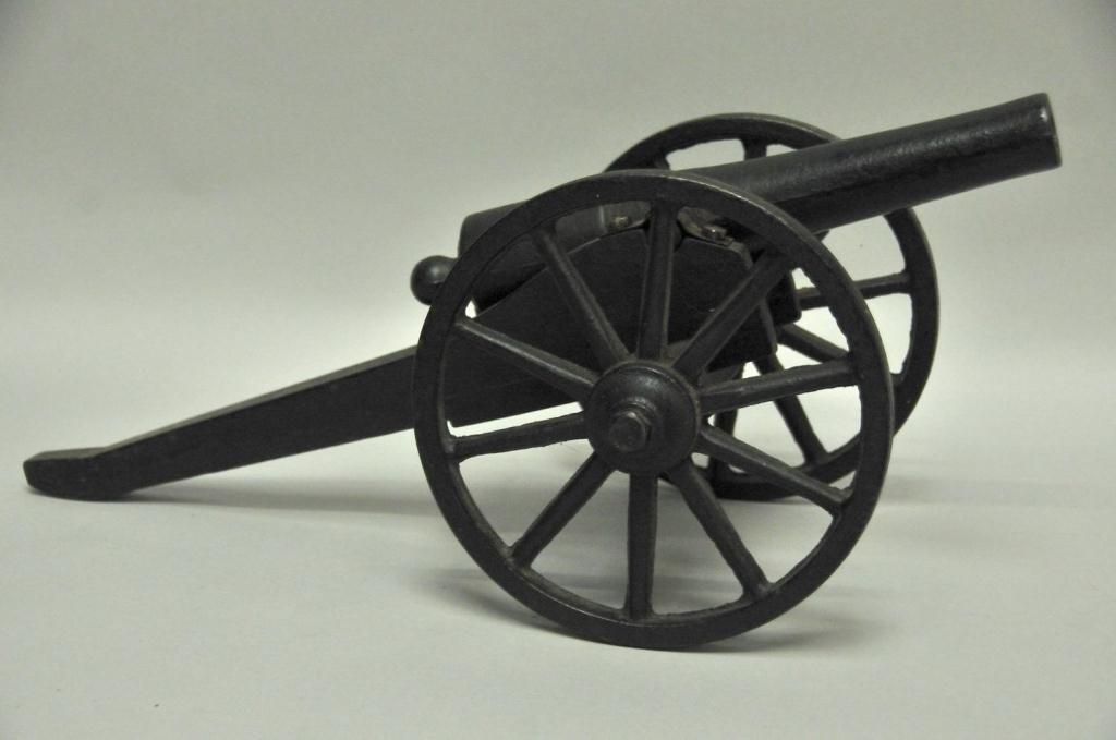 218: U.S. Signal Cannon