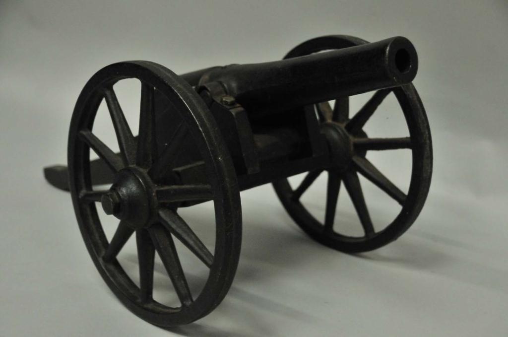 218: U.S. Signal Cannon - 4