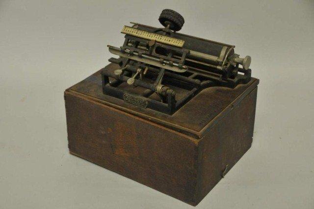 175: Rare Crown Typewriter