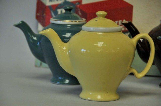 230: McCormick Tea Advertising Sign w/ Five Teapots - 3