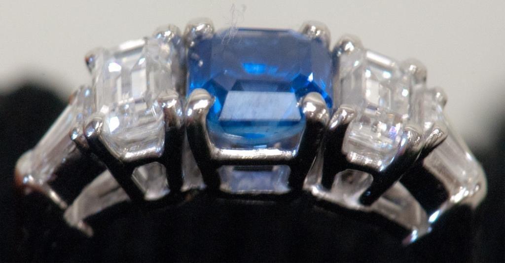 Platinum, Diamond & Sapphire Ring - 2
