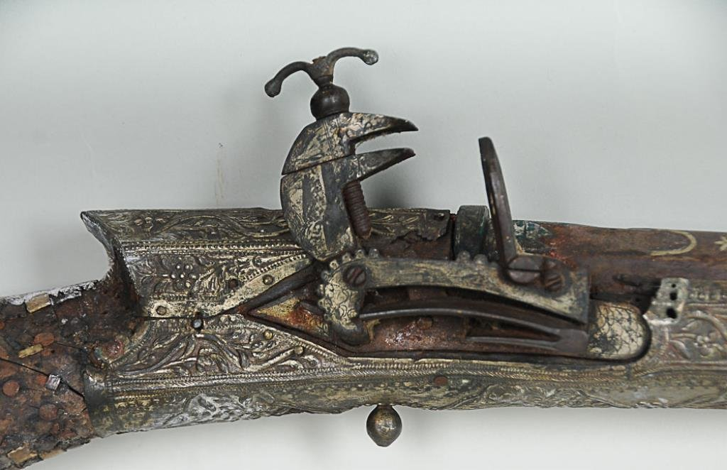 18th C. Turkish Miquelet-Lock Rifle Extensive inlay to