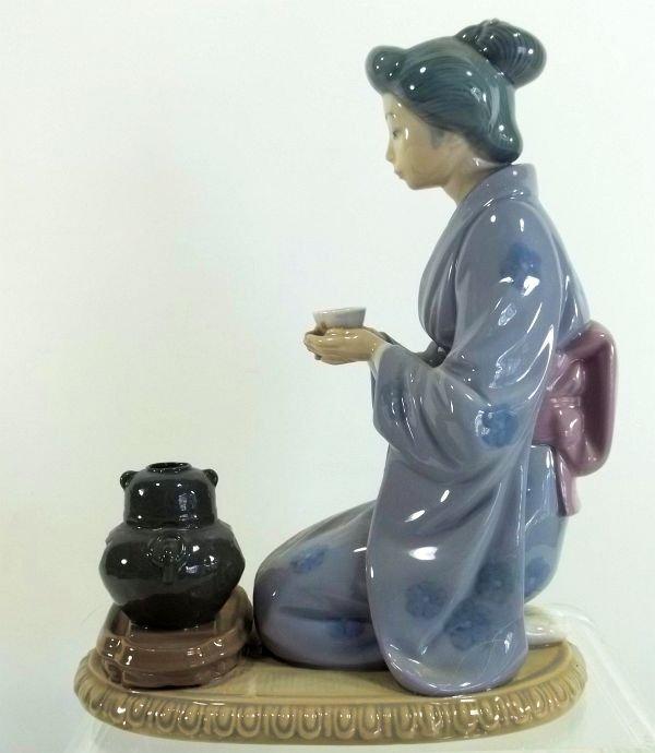 "10: Lladro  ""Japanese Girl Serving Tea"" Figurine - 3"