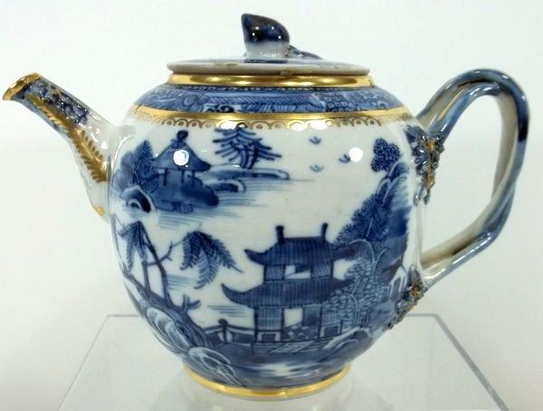 120: Chinese Export Tea Pot
