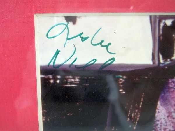 276: Leslie Nielsen & Priscilla Presley Autograph - 3