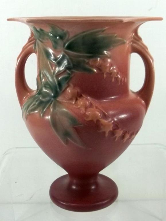 """Roseville """"Bleeding Heart  Vase #139-8"""""""
