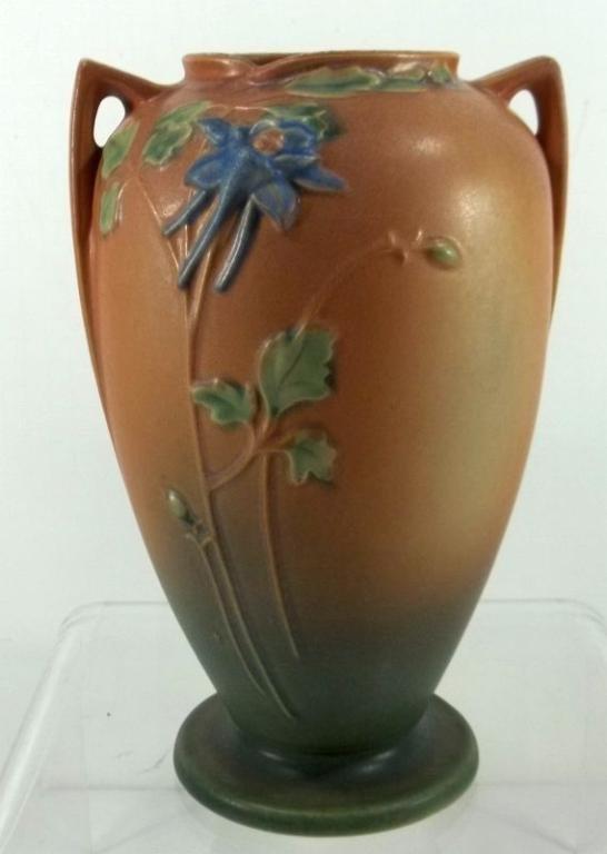 """Roseville """"Columbine"""" Vase #25-10"""""""