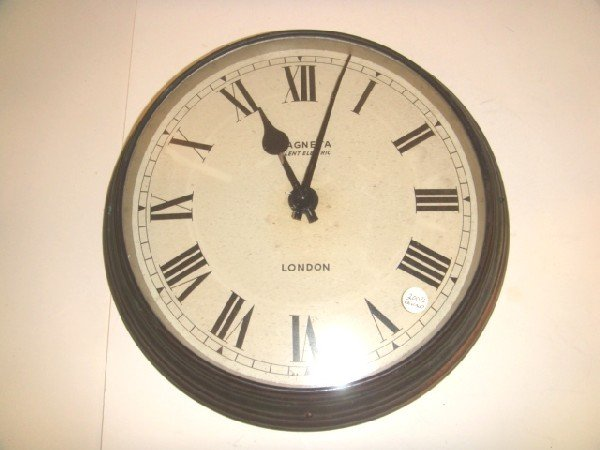 14: English Magneta Wall Clock