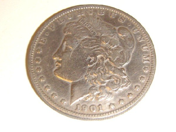 18: 1901- O Morgan Silver Dollar