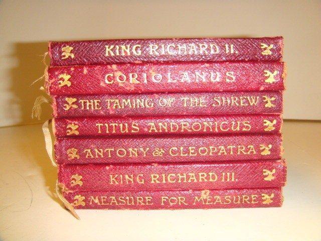 5: 7 Shakespeare Leather Bound Novelettes