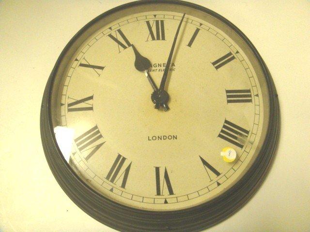 8: Maneta Electric Wall Clock