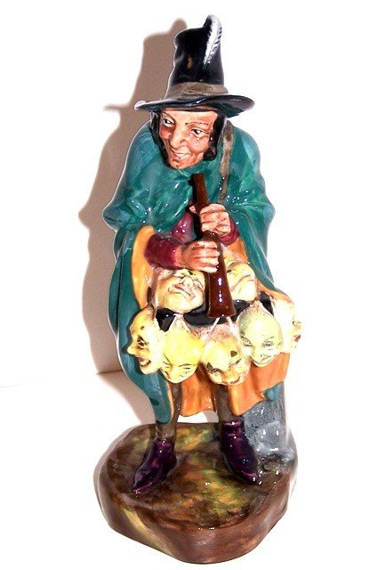 "12: Royal Doutlon ""The Mask Seller"" Figurine"