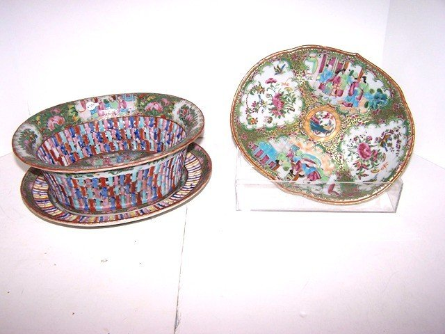 20: 3pc Oriental Porcelain Lot
