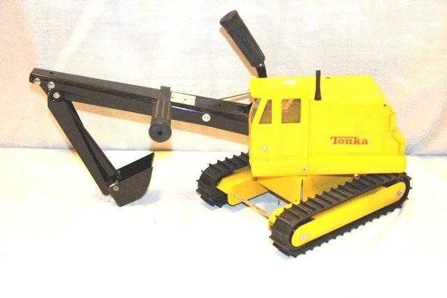 3: Tonka Excavator Mechanical Toy