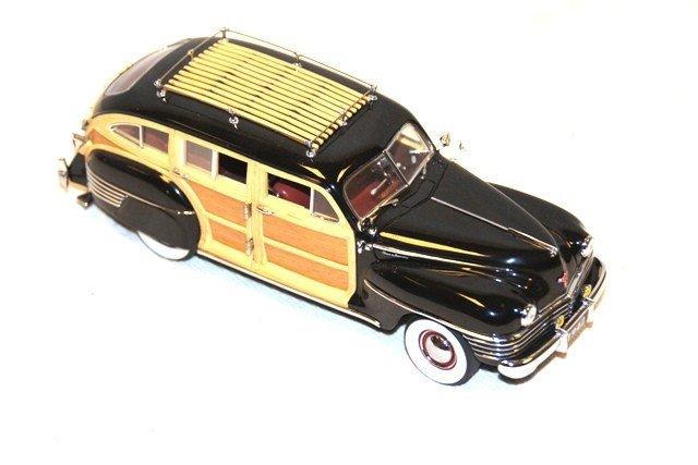 18: 1942 Chrysler Town & Country- Danbury Mint
