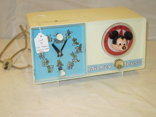 8: GE Electric Mickey Mouse Clock