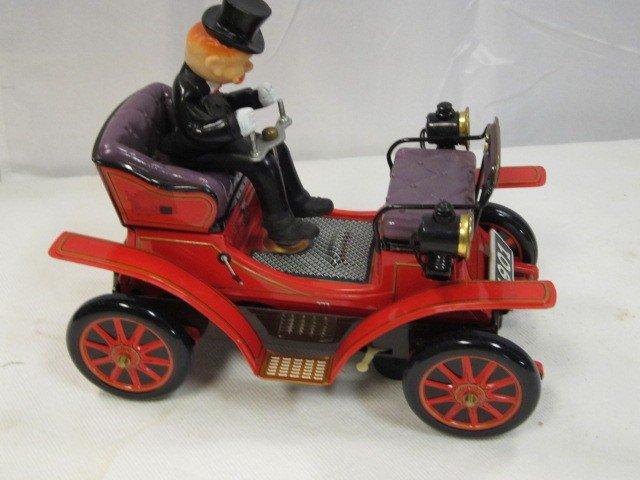 13: TN Battery Opp Antique Car - 2