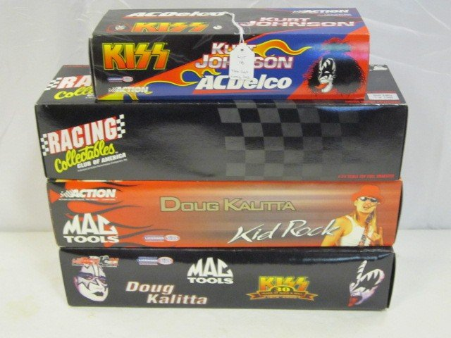 18: 4 Action Die Cast Funny Cars