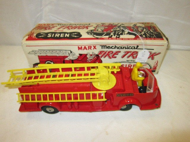 20: Marx Mechanical Fire Truck With Siren
