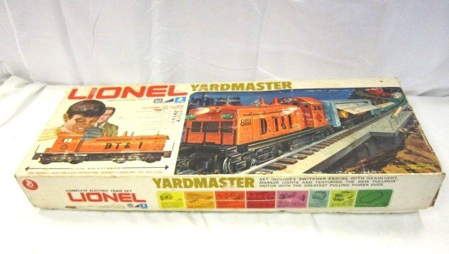 41: Lionel Yard Master Train Set