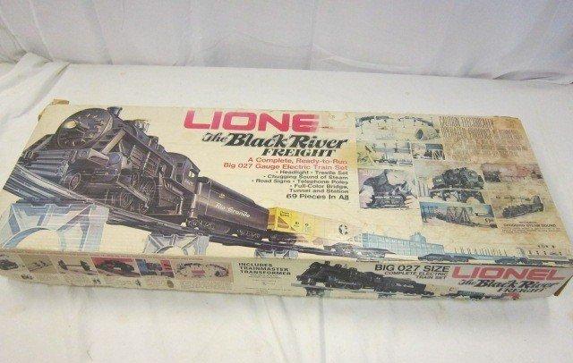 42: Lionel Black River Freight Train Set- 8602