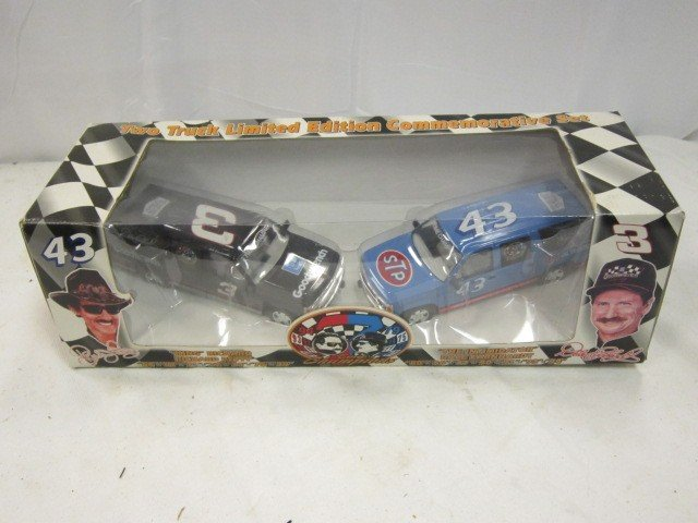 133: Dale Earnhardt and Ricky Bobby Die Cast