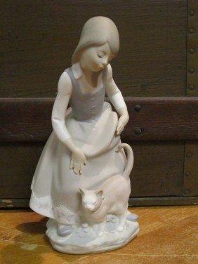 "8: Lladro Matte Finish Figurine ""Girl With Cat"""