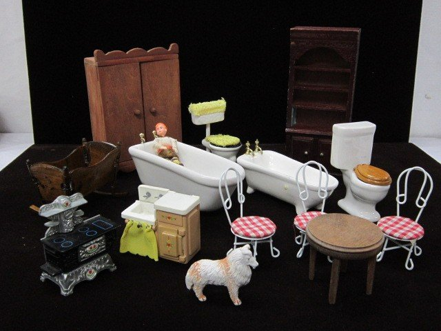 11: Doll house furniture