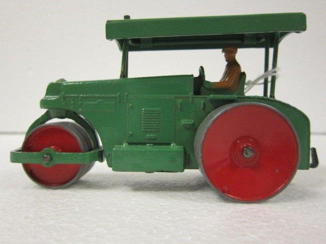 12: Dinky Road Roller
